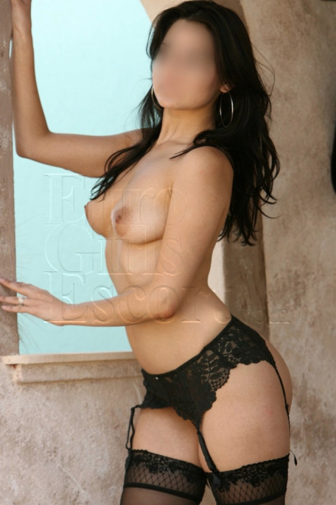Escort Clara - best girls in Athens
